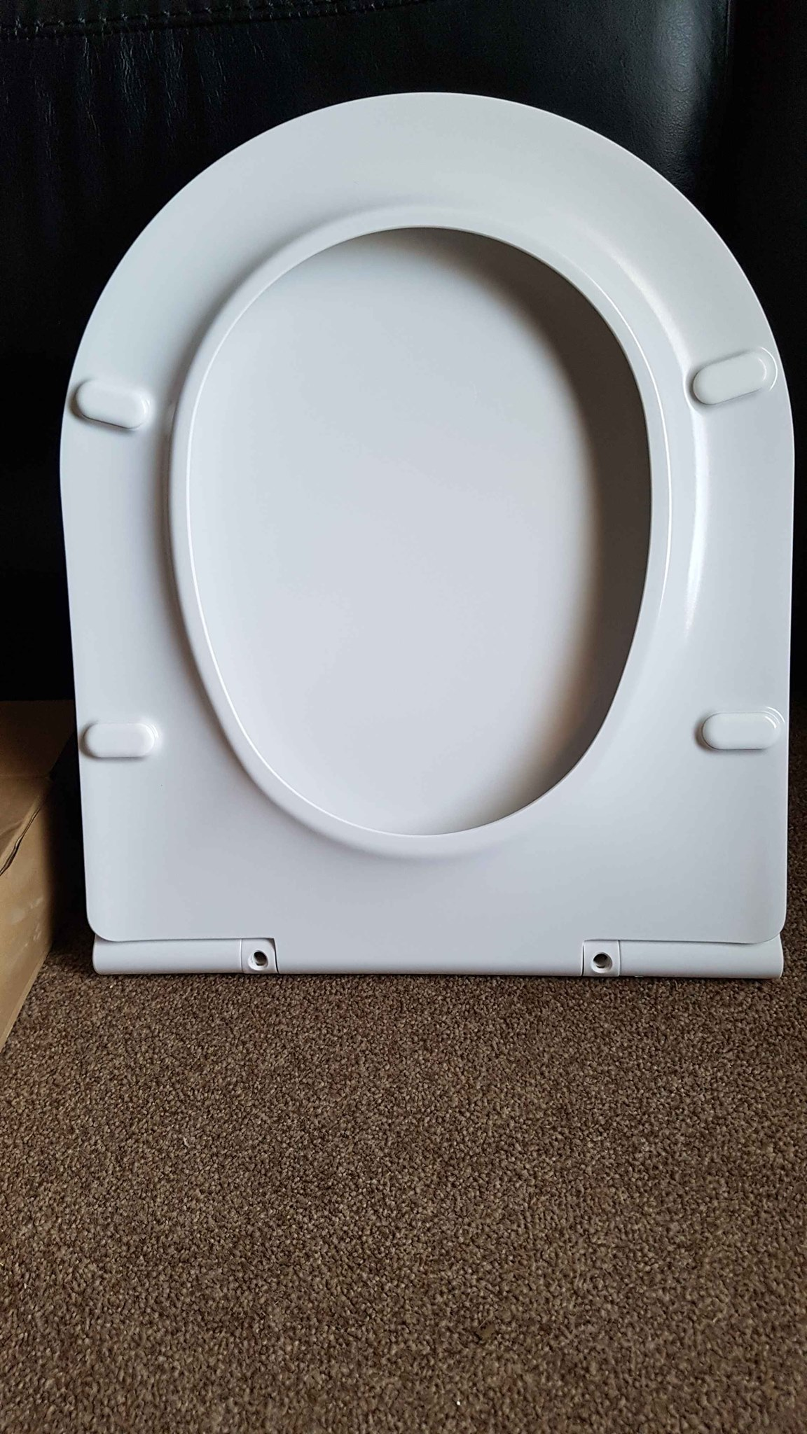 Review of FELICON D-Shape Easy Clean Toilet Seat